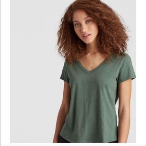 Eileen Fisher cotton jersey slub shirttail tee M